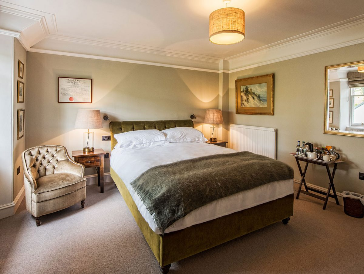 Luxury Hotel Bedroom Douneside House