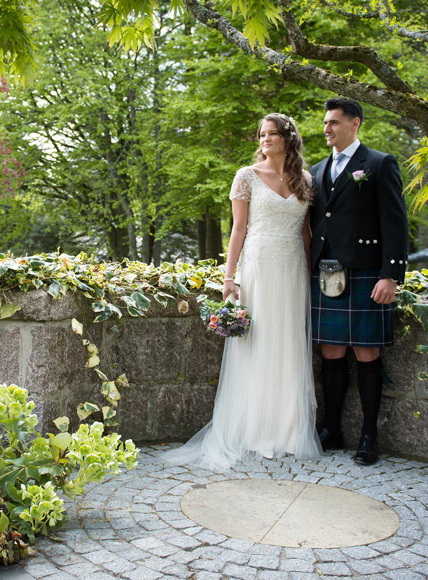 Bridge & Groom at Douneside House Wedding